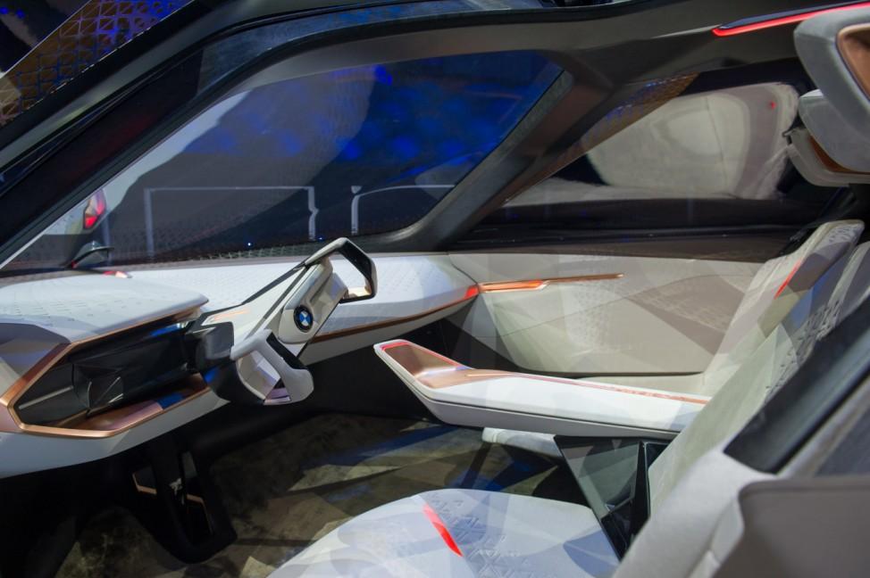 Der Innenraum der BMW-Konzeptstudie Vision Next 100.