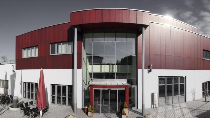Deggendorf: Vielen erscheint schon der Hauptsitz als Provinz, und die Zweigstelle der Deggendorfer Hochschule in Teisnach ist noch viel abgelegener.