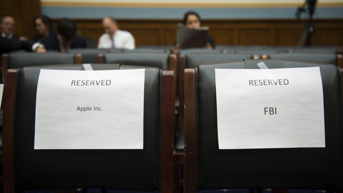 House Judiciary Committee hearing on 'The Encryption Tightrope: B