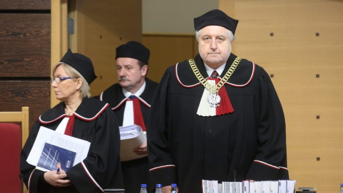 Constitutional Tribunal starts amendment hearing