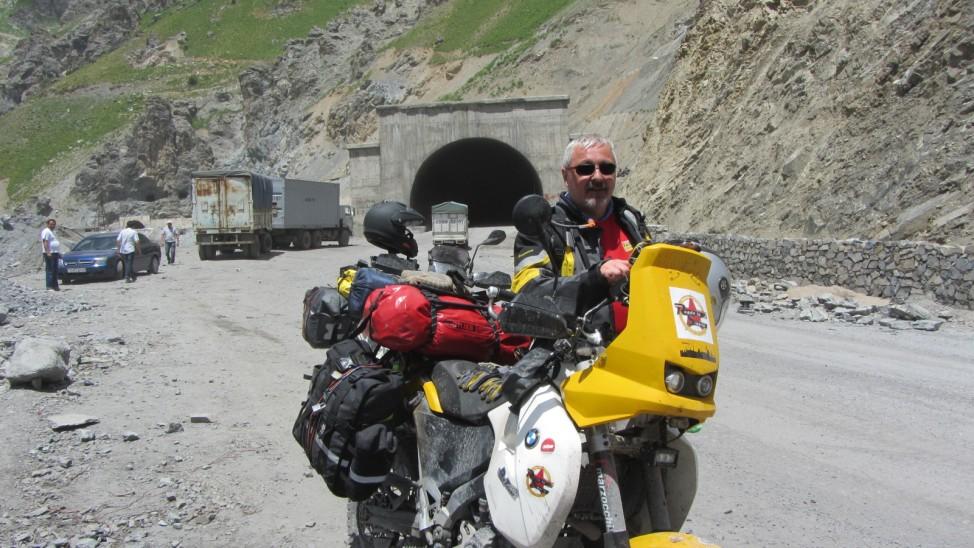 Abenteuerreise Sibirien Wolfgang Klentzau, Anzog-Tunnel