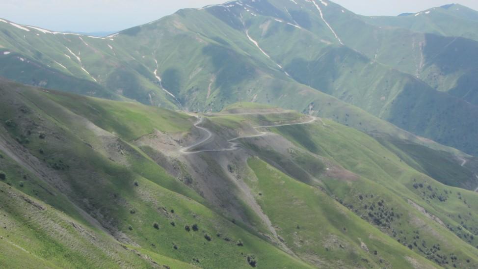 Abenteuerreise Sibirien Wolfgang Klentzau, Gebirgslandschaft in Kirgistan