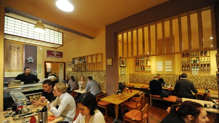 Restaurant Haguruma: Die Authentizität im Haguruma konfrontiert die Gäste mit kleinen Problemen: Bei Bestellungen kann es schon mal zu Verwechslungen kommen.