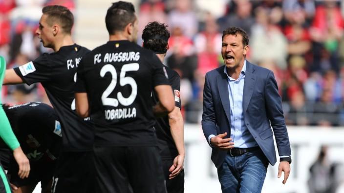 Mainz Markus Weinzierl Trainer FC Augsburg will seine Spieler aufruetteln FSV Mainz 05 vs FC Au