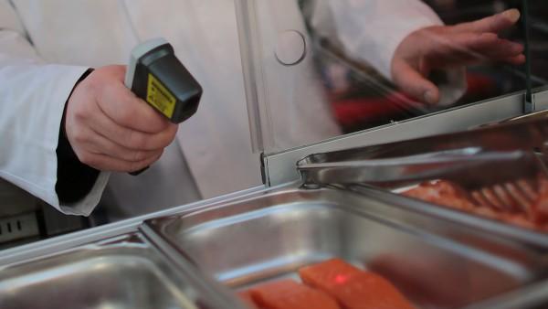 Lebensmittelkontrollen auf Weihnachtsmarkt