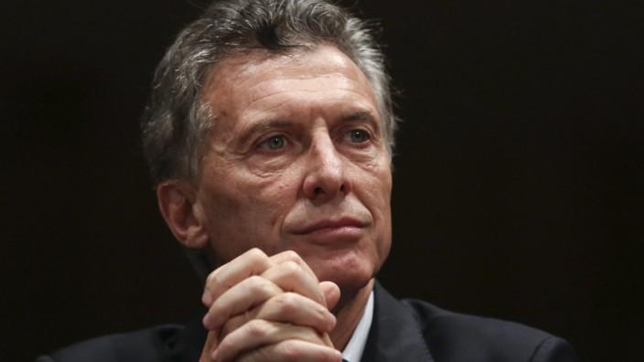 Massive document leak taints 140 international politicians, offic