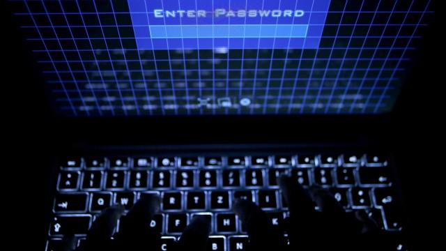 """´Enter Password"""" - Computerbetrug"""