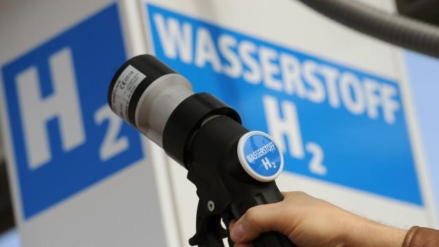 Erste Tankstelle mit Wind-Wasserstoff