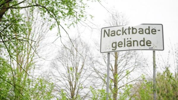 Nacktbadegelände am Feringasee in Unterföhring, 2016