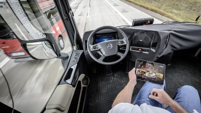 Selbstfahrender Lastwagen von Daimler