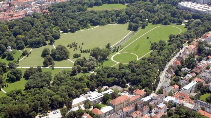 Luftbild vom Englischen Garten in München, 2013