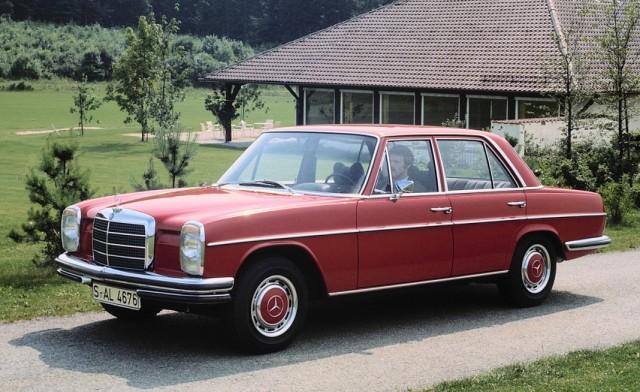 Mercedes W 114/115 Strich-Acht