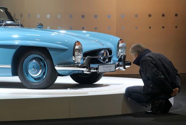 Mercedes 300 SL auf der Oldtimermesse Techno Classica