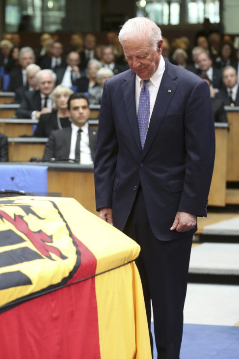 Former U.S. Secretary of State Baker pays last respects during a memorial service for former West German foreign minister Hans-Dietrich Genscher in the former lower house of parliament Bundestag in Bonn
