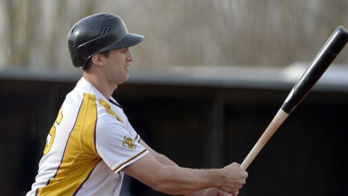 Baseball: Mit dem ersten Punkt von Richard Klijn war der Bann gebrochen, die Haar Disciples fegten die Tübinger Hawks zweimal vom Feld.