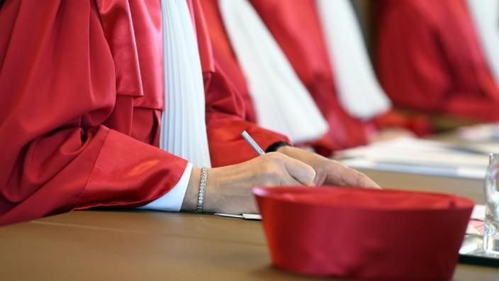 Bundesverfassungsgericht verkündet Urteil zu Vaterschaftstest