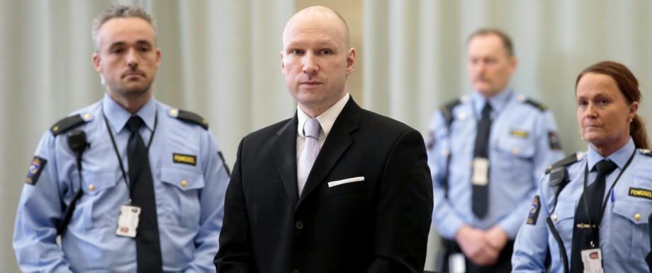 Anders Breivik sues Norway over violating his human rights