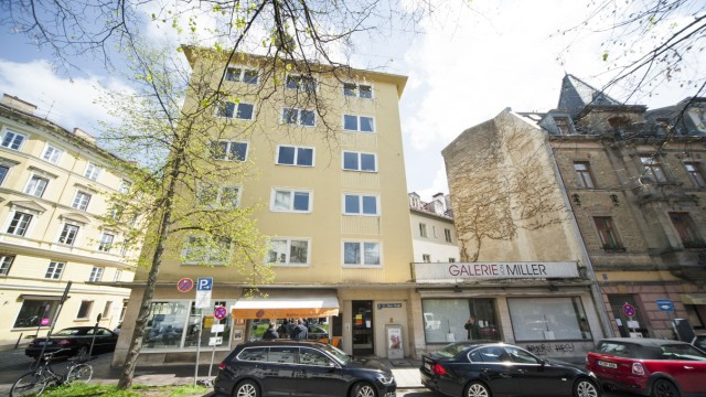 Lehel: Das schlichte Eckhaus, St. Anna-Straße 16.