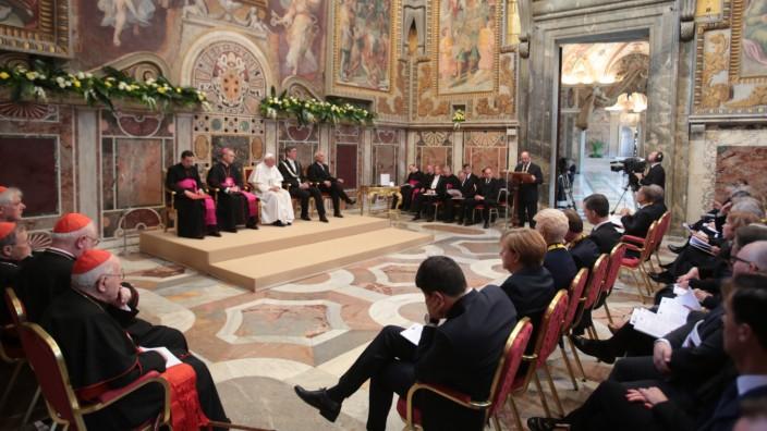 Karlspreis für Papst Franziskus