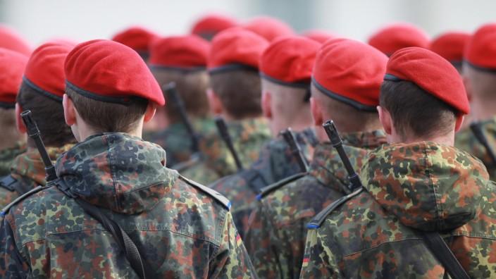 Von der Leyen vergrößert Bundeswehr