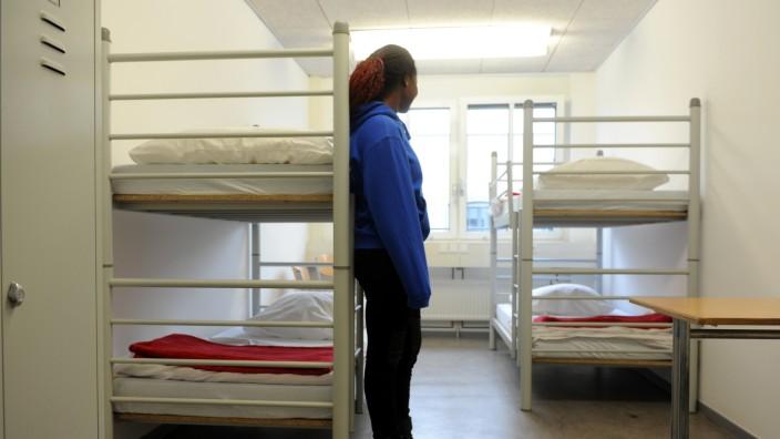 Asylpolitik: Allein für die Unterbringung von Flüchtlingen müssen Städte und Kommunen Millionen aufwenden.
