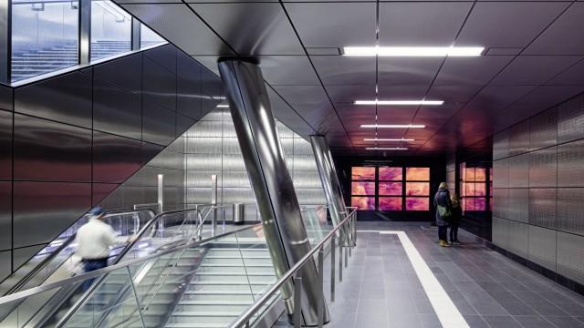 U-Bahn Station Benrather Strasse, Wehrhahn Linie Düsseldorf