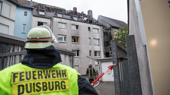 Brand in Duisburger Wohnhaus