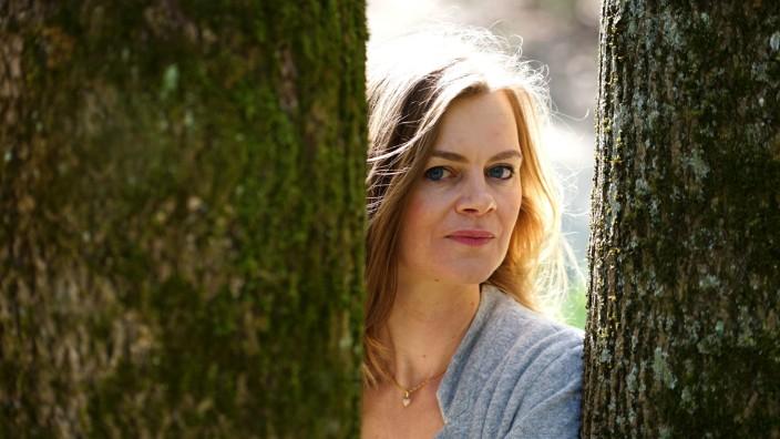 Ehrenamt: Die Frage, warum sie zusätzlich zu einem stressigen Job Flüchtlingen hilft, irritiert die Hebamme Annett Oertel.