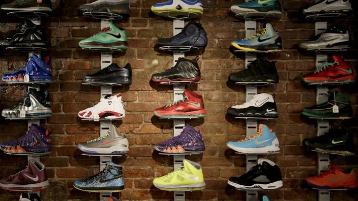 Sneaker ein Schuh als Lebensgefühl Stil
