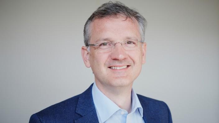 Interview: Der Masterabschluss hilft auf alle Fälle dabei, einen Berufseinstieg zu finden, sagt Andreas Nolten. Diesen Gedanken findet er nützlich, um etwas den Druck aus der Entscheidung zu nehmen.