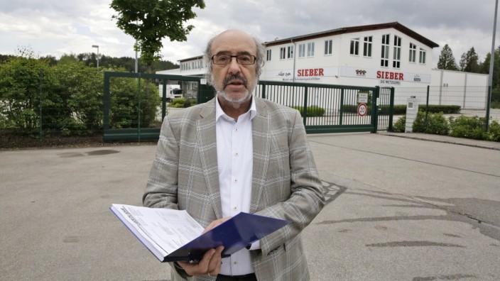 Großmetzgerei: Sieber-Pressesprecher Erich Jeske heute bei der Verkündung der Insolvenz.