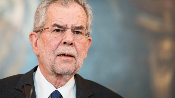 Right-wing Austrian Freedom party challenges presidential the ele