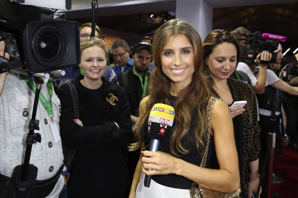 Cathy Fischer Freundin von Mats Hummels bei der Riani Fashion Show im Rahmen der Mercedes Benz Fash