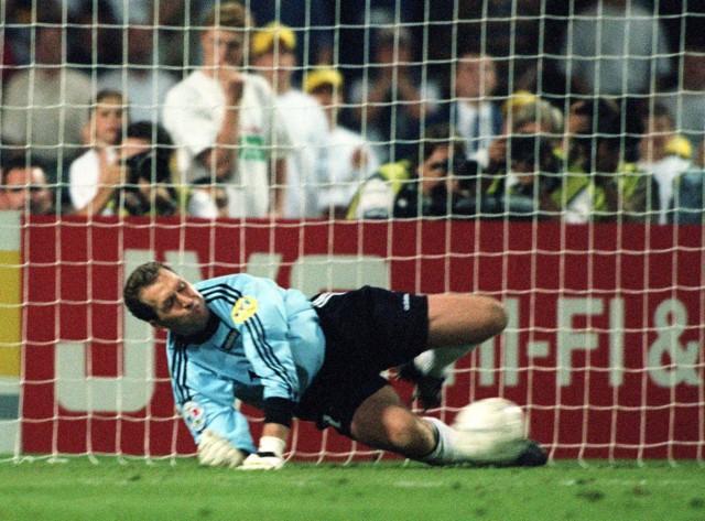 Fußball-EM 96: Köpke hält sechsten englischen Elfer