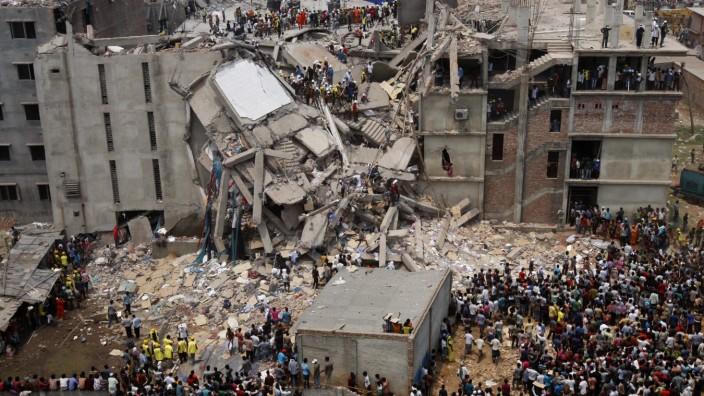 Eingestürzte Textilfabrik in Bangladesch