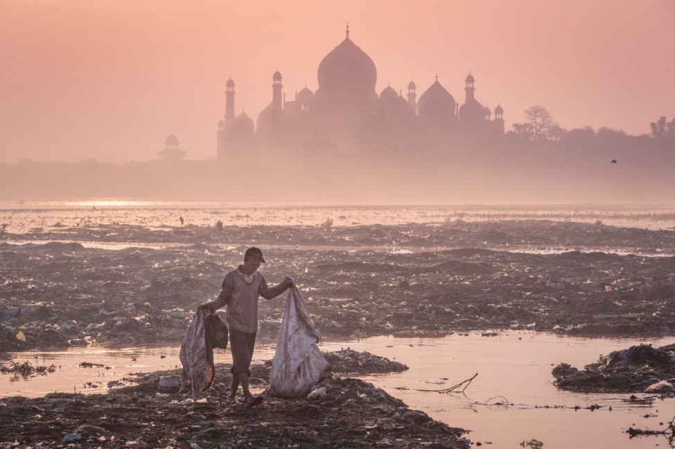 Behind the Taj Mahal, 2015 / Agra, IndiaShortlisted Image