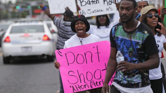 Baton Rouge: Proteste gegen Polizeigewalt nach dem Tod von Alton Sterling in Baton Rouge, Louisiana.