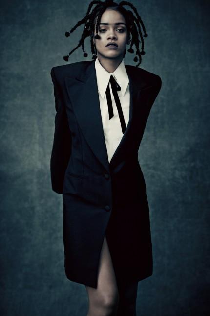 RIHANNA präsentiert Titelsong zu STAR TREK BEYOND ++ SLEDGEHAMME