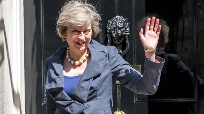 12 07 2016 London United Kingdom Theresa May Departs from Downing Street Theresa May Home Sec