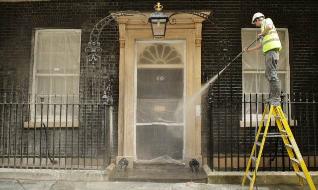 Downing Street Undergoes Summer Clean