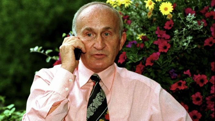 Werner MAUSS, privat detective.