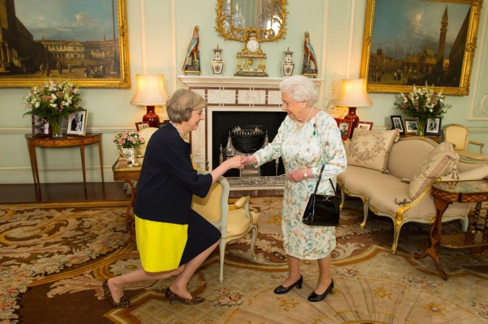 Theresa May, Queen Elizabeth II