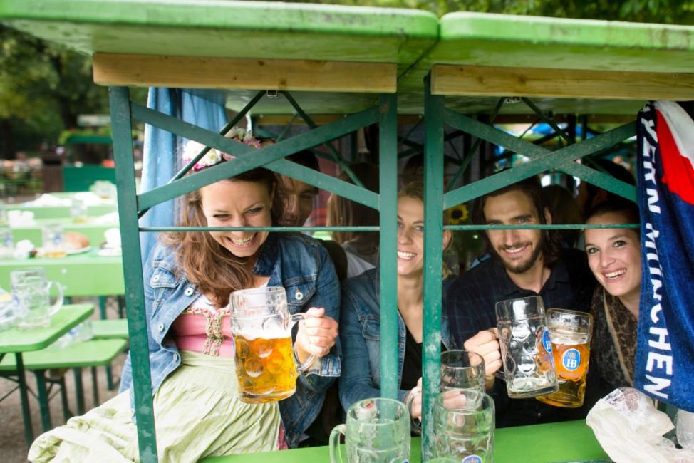 Münchner Kocherlball im Englischen Garten