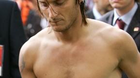 Francesco Totti: 2005: Totti hatte noch lange Haare und nicht gerade viel an...
