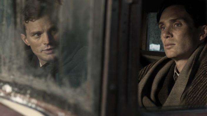 """Jan Kubis(Jamie Dornan, links) und und Jozef Gabčík (Cillian Murphy) in """"Anthropoid"""""""