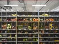 Logistik: Wohin mit all der Ware?