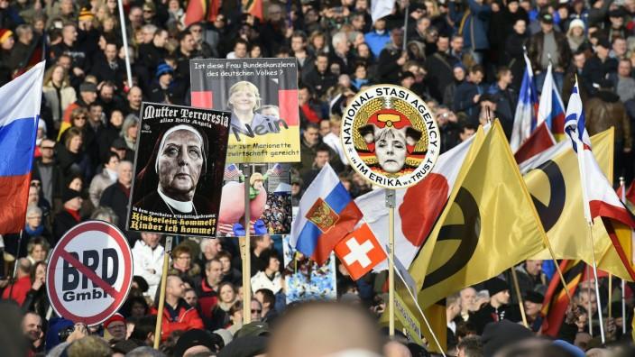 Extremismus: Die Verunsicherung der Bevölkerung durch Einwanderung und die jüngsten Terroranschläge geben Bewegungen wie Pegida Auftrieb.
