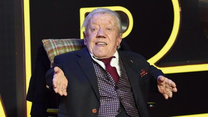 Kenny Baker dies at 83