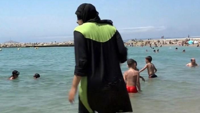 Verbot in Cannes: Der Burkini am Strand: Ein Politikum.