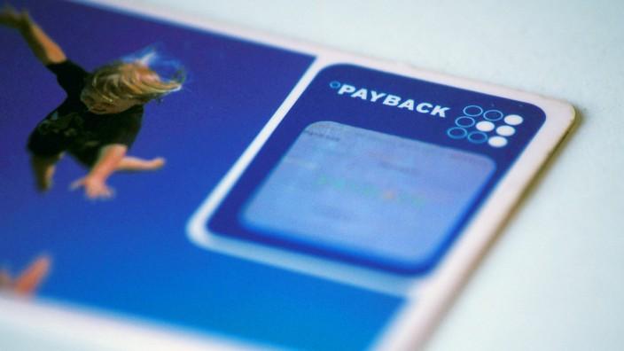 Betrügerei: 28 Millionen Menschen in Deutschland besitzen eine Payback-Karte - was nicht heißt, dass sie auch über etwaige Bonusaktionen informiert sind.